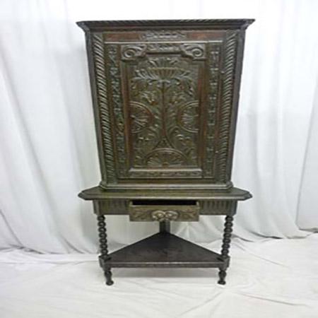 942-Antique-Carved-Oak-Corner-Cabinet-310.jpg
