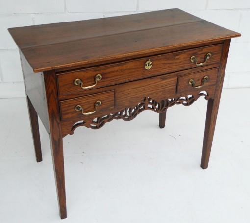 436 A 18th Century Oak Lowboy VSN