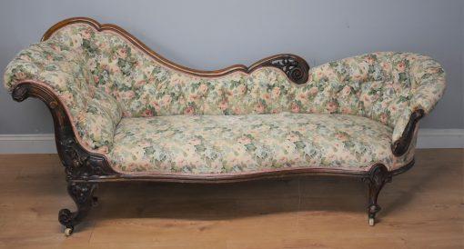 194 Victorian Walnut chaise circa 1870 eix £950(1)
