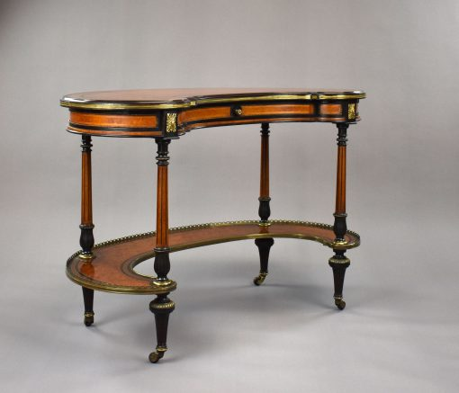 838 A Victorian Writing Table by Gillow CIHN